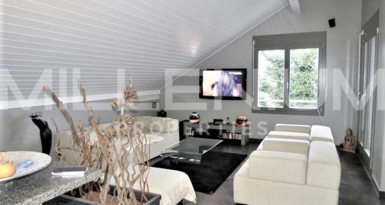 Bel attique 7P avec terrasse à Chambésy image 3