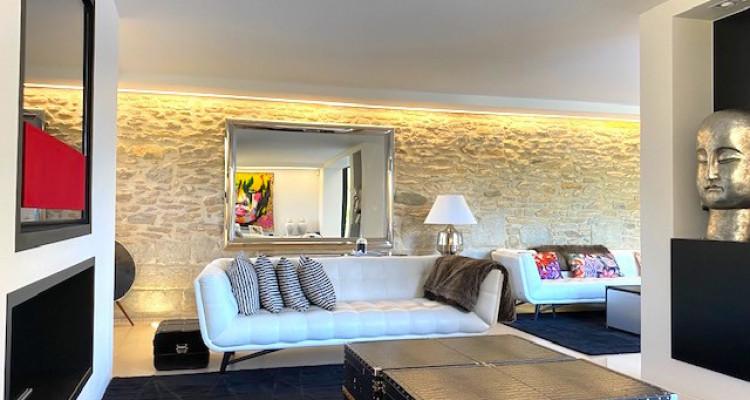 Fabuleuse propriété entièrement rénovée de 5 chambres  image 4