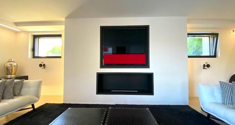Fabuleuse propriété entièrement rénovée de 5 chambres  image 5