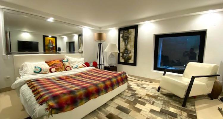 Fabuleuse propriété entièrement rénovée de 5 chambres  image 7