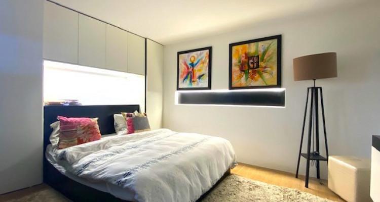 Fabuleuse propriété entièrement rénovée de 5 chambres  image 8