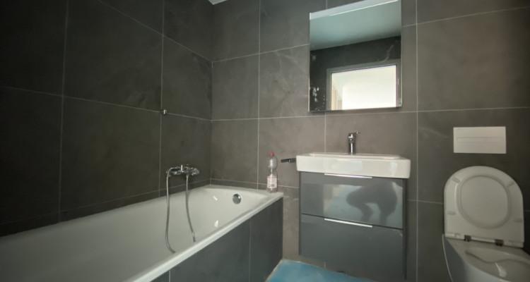 C-Service vous propose un appartement de standing de 3,5 pièces ! image 6