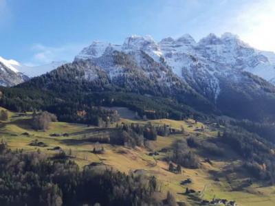 Terrain au Val dillez image 1