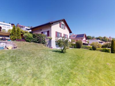 Jolie villa avec magnifique jardin, un petit coin de paradis! image 1