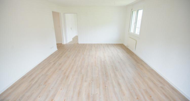 Renovierte 4.5-Zimmerwohnung mit grossem Balkon image 5