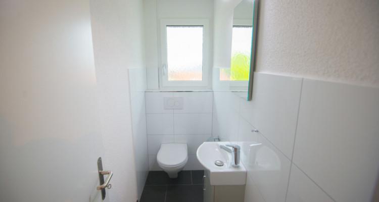 Renovierte 4.5-Zimmerwohnung mit grossem Balkon image 12
