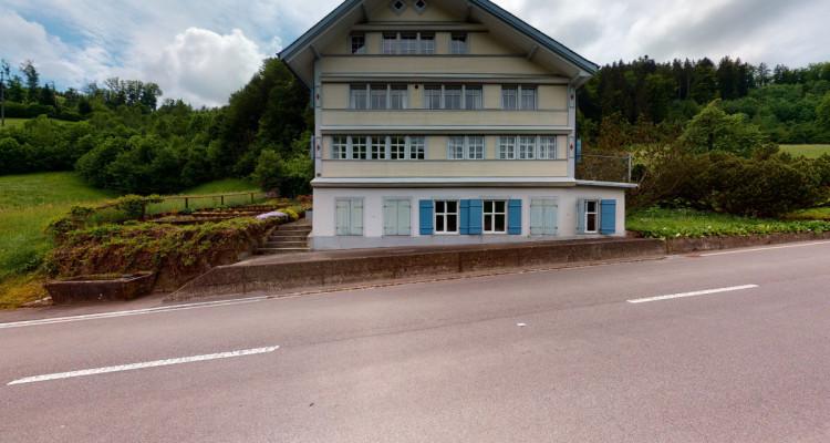 Schmuckes 7 Zimmer Strickerei-Haus mit Charme image 1