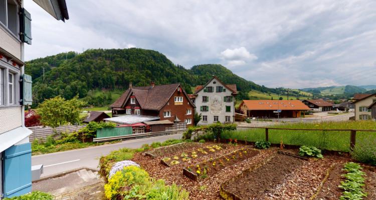 Schmuckes 7 Zimmer Strickerei-Haus mit Charme image 12