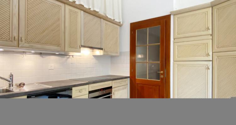 Appartement 6 pièces avec terrasse en Vieille-Ville image 4