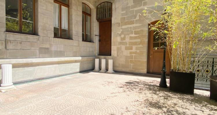 Appartement 6 pièces avec terrasse en Vieille-Ville image 6
