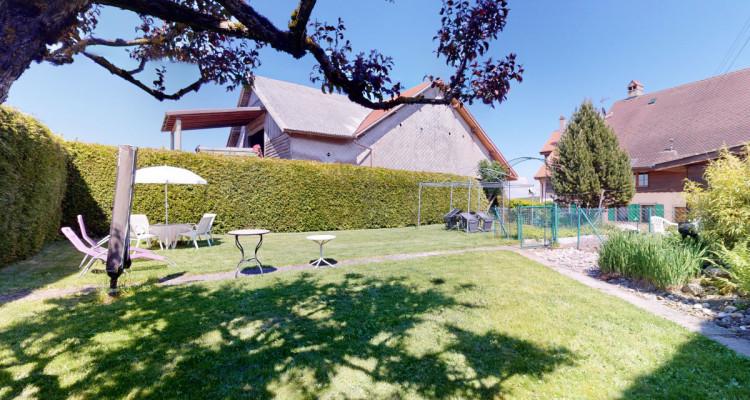 Maison dhôte et appartement de rendement à 2 pas du golf de Vuissens! image 2