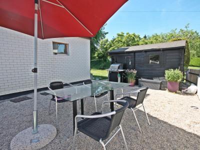 Magnifique villa 4,5p / 3 chambres / Jardin et petit chalet extérieur image 1