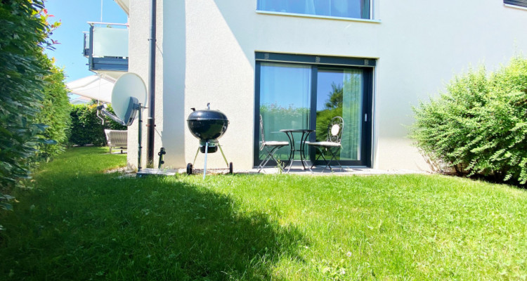 Splendide appartement 4.5 p / 3 chambres / 2 SDB / Jardin image 2