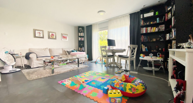 Splendide appartement 4.5 p / 3 chambres / 2 SDB / Jardin image 3