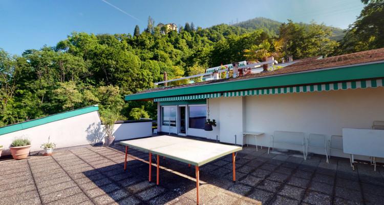 Bel appartement avec vue lac et montagnes panoramique à Veytaux. image 2