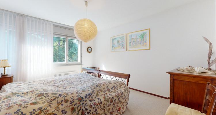 Bel appartement avec vue lac et montagnes panoramique à Veytaux. image 12