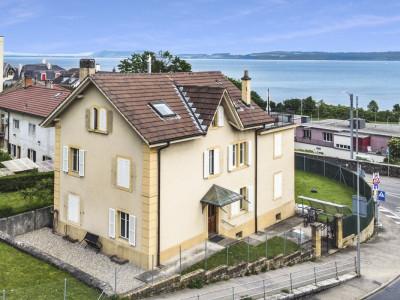 Splendide maison de 2 appartements avec jardin et vue sur le lac image 1