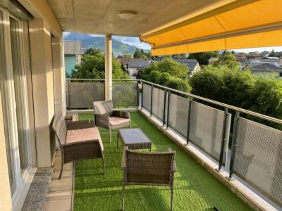 Magnifique appartement 4,5 p / 3 chambres / 2 SDB / avec balcon image 1
