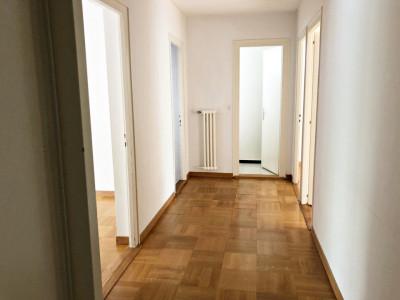 Magnifique appartement de 5 pièces / balcon / espace vert commun  image 1