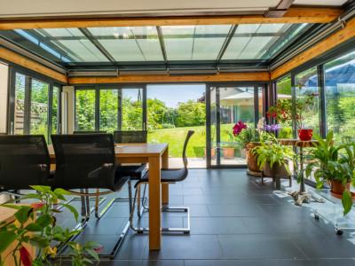 Confignon, magnifique villa mitoyenne ! image 1