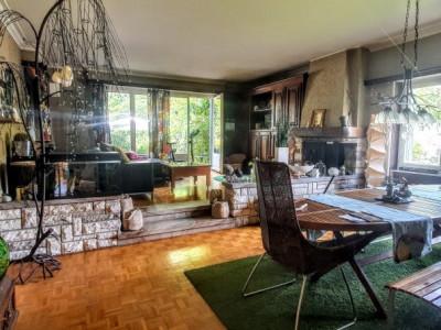 C-SERVICE vous propose une villa de 2 appartement au centre de Monthey image 1