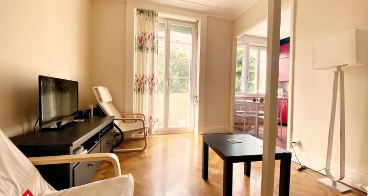 Magnifique studio meublé / balcon  image 2