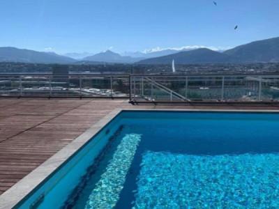 Magnifique appartement de 4 pièces / piscine sur le toit avec vue lac  image 1