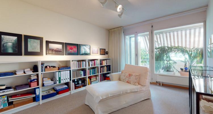 Superbe appartement avec grand balcon et accès au jardin image 10