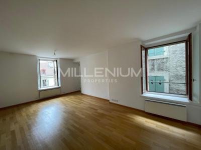 Bel appartement de 4P au centre de Carouge image 1