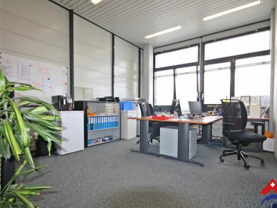Joli bureau de 58m² à louer // Yverdon image 1