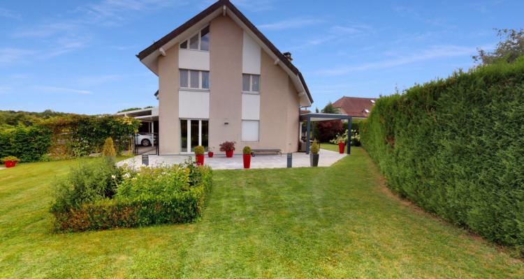 Spacieuse villa jumelle sur 4 niveaux, au coeur de Bogis-Bossey. image 1