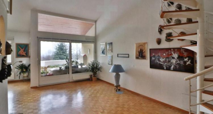 Appartement 8 pièces en duplex avec une vue dégagée image 2