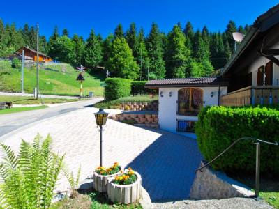 Belle villa à vendre à St-Cergue image 1