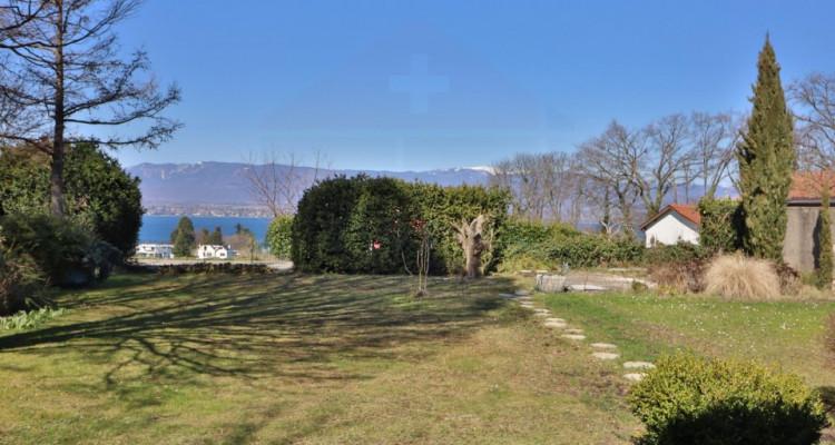 EXCLUSIVITÉ Maison villageoise de 7 pièces avec la vue sur le lac. image 2