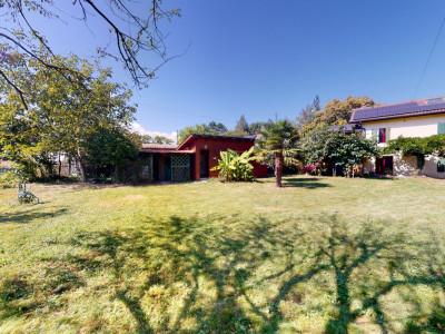 Villa individuelle sur 3 niveaux, grand jardin, sauna en annexe. image 1