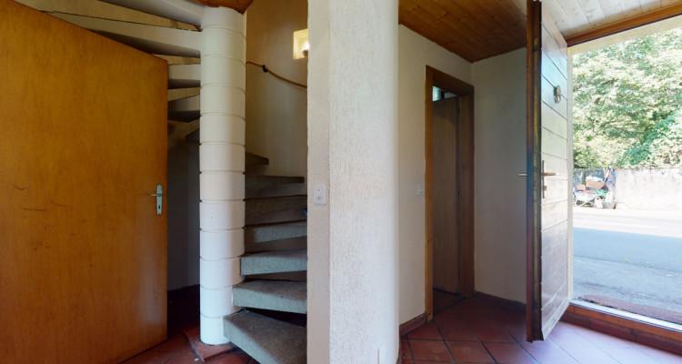 Villa individuelle sur 3 niveaux, grand jardin, sauna en annexe. image 4