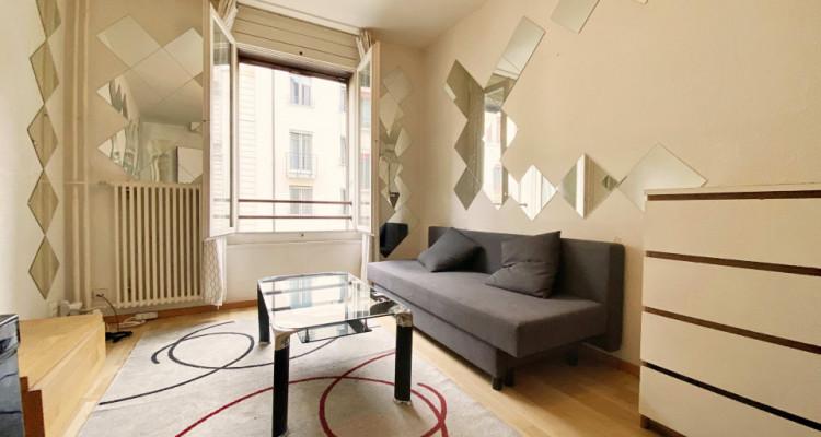 Magnifique appartement meublé de 3 pièces / entièrement rénové  image 3