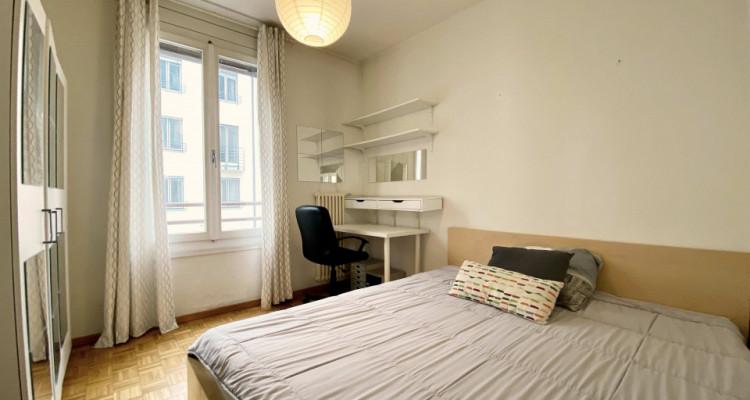 Magnifique appartement meublé de 3 pièces / entièrement rénové  image 5