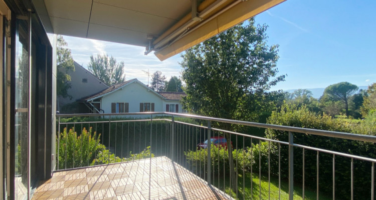 Appartement 5 pièces avec terrasse à Perly image 1