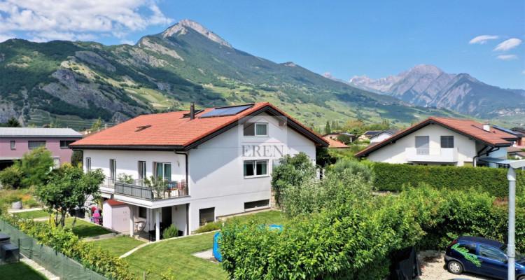 Villa récente et moderne de 4 logements avec vaste appartement familial 5,5p de 200m2 et 3 studios/2p loués image 4
