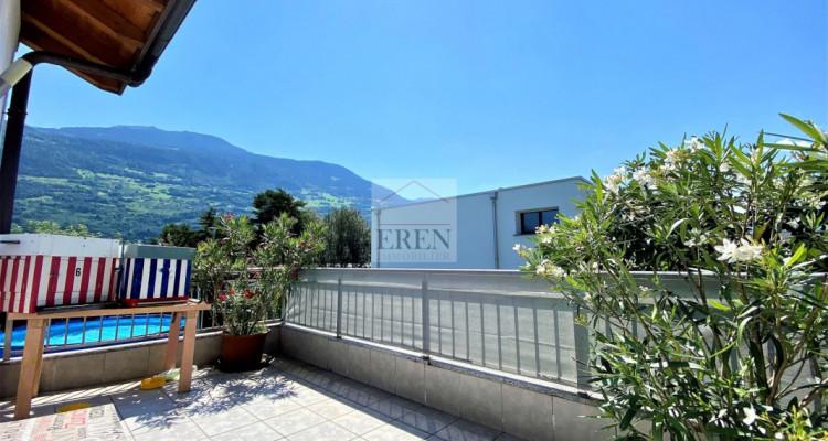 Villa récente et moderne de 4 logements avec vaste appartement familial 5,5p de 200m2 et 3 studios/2p loués image 11