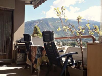 Magnifique appartement de 5.5 pièces/ Vue montagnes image 1