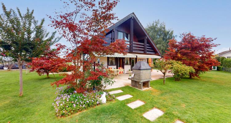 Villa individuelle avec magnifiques terrasses et jardin. image 1