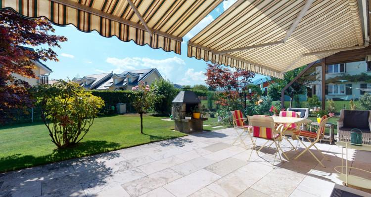 Villa individuelle avec magnifiques terrasses et jardin. image 3