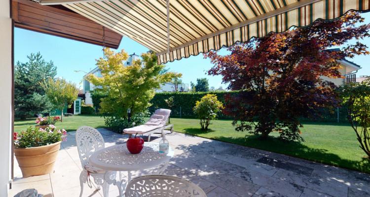 Villa individuelle avec magnifiques terrasses et jardin. image 6