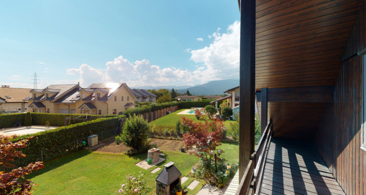 Villa individuelle avec magnifiques terrasses et jardin. image 12