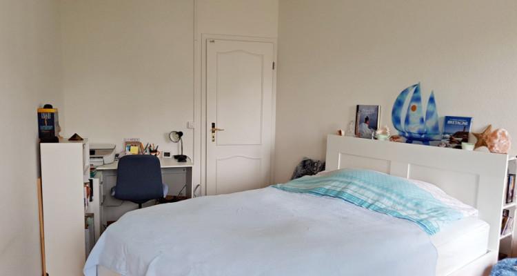Magnifique appartement de 2.5 pièces avec cachet / 1 balcon  image 7