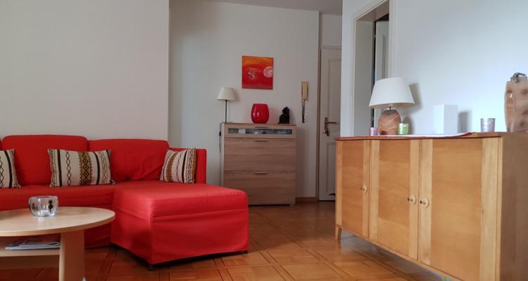 Magnifique appartement de 2.5 pièces avec cachet / 1 balcon  image 8