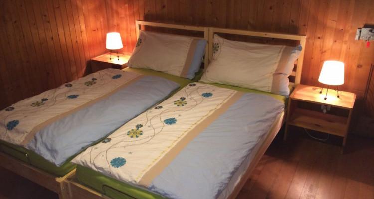 Gryon Immo vous propose un joli chalet de 2 appartements dans une nature magnifique image 6