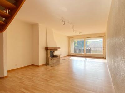 Appartement 4,5 pièces en attique avec balcon image 1